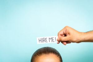 How to Juggle Bar Prep and Job Hunting